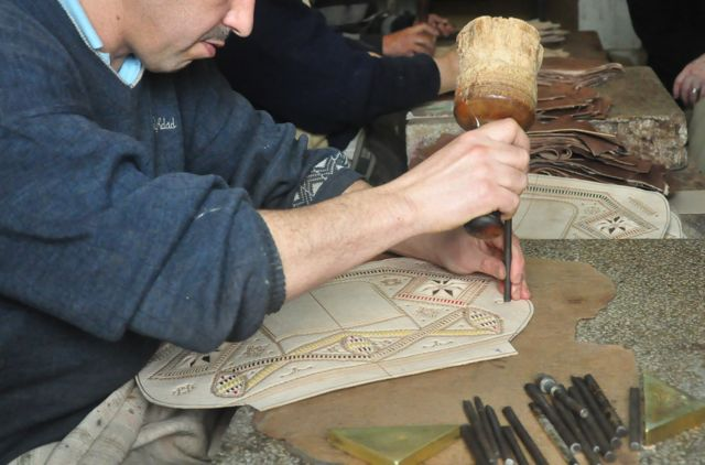 art tour - Leather crafters