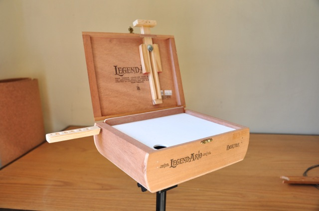how to make a cigar box easel 1