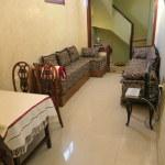 salon (living/dining area)